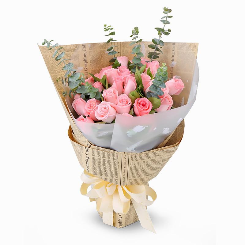 深情告白:33朵粉玫瑰,搭配适量尤加利叶、栀子叶。_鲜花-中国鲜花快递网