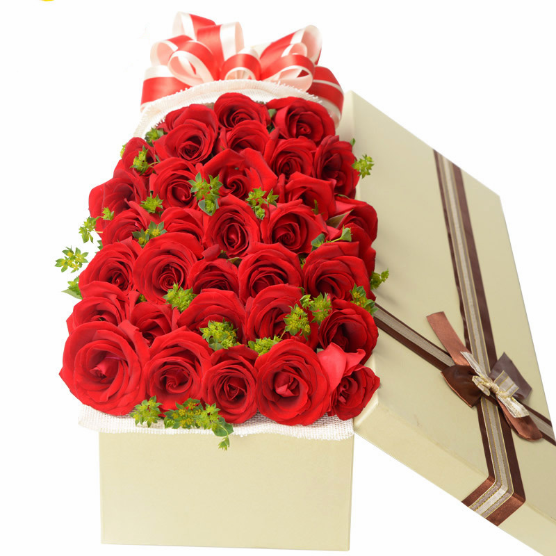 默默的爱:红玫瑰33朵,绿叶适量。_鲜花-中国鲜花快递网